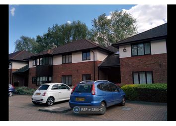 Thumbnail 2 bed flat to rent in Lakeside Court, Fleet
