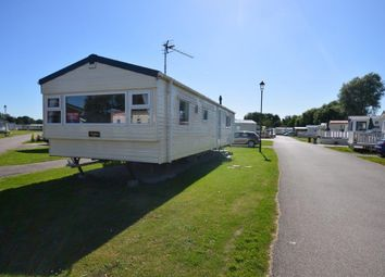Thumbnail 2 bedroom mobile/park home for sale in Vinnetrow Road, Runcton, Chichester