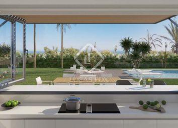 Thumbnail 5 bed villa for sale in Spain, Costa Del Sol, Marbella, New Golden Mile, Mrb16100