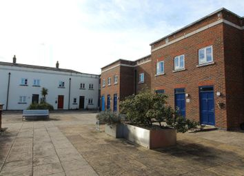 Thumbnail 2 bed flat for sale in Wedgewood Street, Fairford Leys, Aylesbury, Bucks