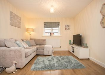 Thumbnail 2 bedroom maisonette for sale in Gyles Close, Winslow, Buckingham