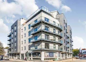 Thumbnail 2 bedroom flat to rent in Royal Crescent Road, Ocean Village, Southampton