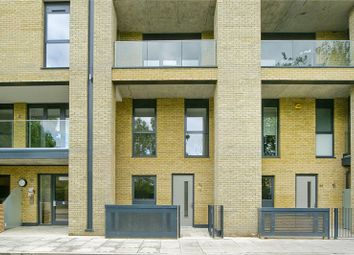 3 bed maisonette for sale in Goldsmiths Row, Bethnal Green, London E2
