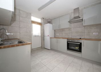 Thumbnail 3 bed flat to rent in Ridge Terrace, Green Lanes, London