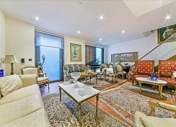 Thumbnail Flat to rent in Ambassador Building, 5 New Union Square, London