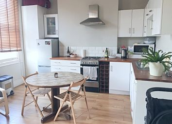 Thumbnail 1 bed flat to rent in Graham Road, Hackney