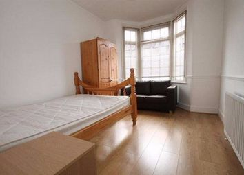 Thumbnail Room to rent in Links Road, Neasden