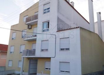 Thumbnail 2 bed apartment for sale in Casal De Cambra, Casal De Cambra, Sintra