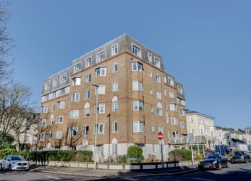 Thumbnail 1 bed flat to rent in Oakland Court, Gratwicke Road, Worthing