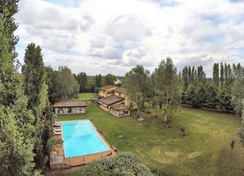 Thumbnail 5 bed farmhouse for sale in Pontedera, Pontedera, Pisa, Tuscany, Italy