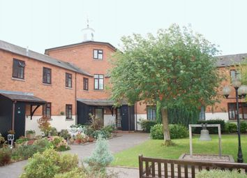 Thumbnail 2 bed flat for sale in Kinwarton Road, Alcester