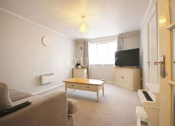 Thumbnail 1 bed flat to rent in Linwood Crescent, Enfield