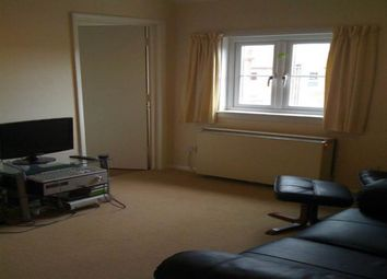 Thumbnail 1 bed flat to rent in Bartholomew Street, Newbury, Berkshire