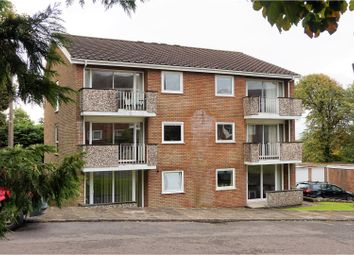 Thumbnail 2 bedroom flat for sale in Groves Avenue, Langland