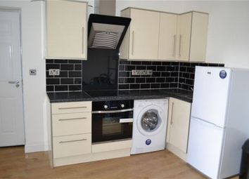 Thumbnail 1 bed flat to rent in St James Road, Stoneygate, Leicester