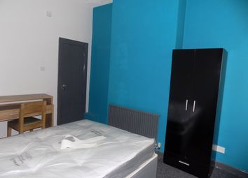 Thumbnail Room to rent in Broughton Green Square, Salford