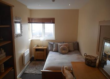 Thumbnail 6 bed shared accommodation to rent in Bedroom 3, 13 Anolha House, Stepney Lane