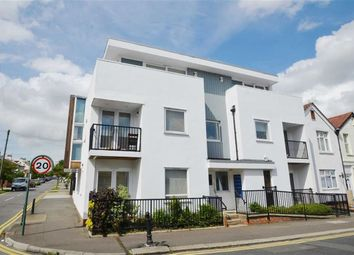 Thumbnail 2 bed flat for sale in Glendale Gardens, Leigh On Sea, Essex
