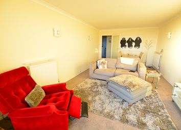 Thumbnail 2 bedroom flat to rent in 159 Kingsway, Hove