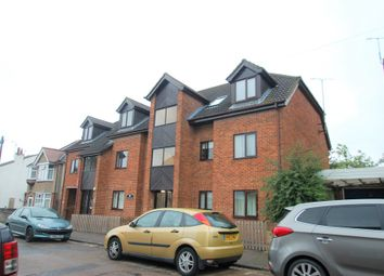 Thumbnail 1 bedroom property to rent in Sunbury Court, College Road, St Albans, Herts