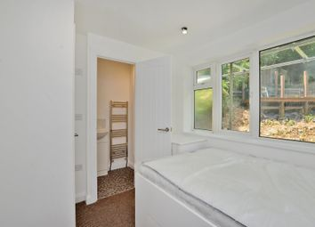 Thumbnail Room to rent in Warren Close, Sandhurst
