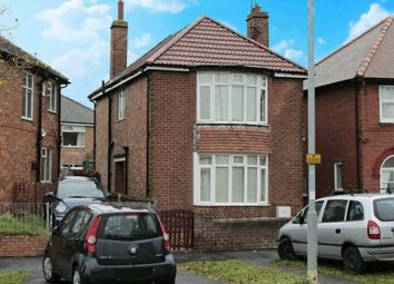 Thumbnail 3 bed detached house for sale in Queensgate, Bridlington, North Humberside