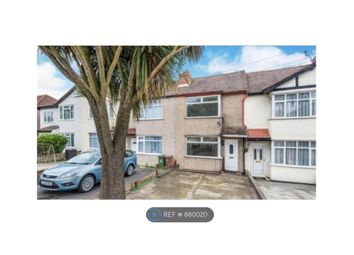 Worcester Park, Worcester Park KT4. 2 bed terraced house
