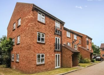 Thumbnail 1 bed flat to rent in Woking, Wych Hill Park