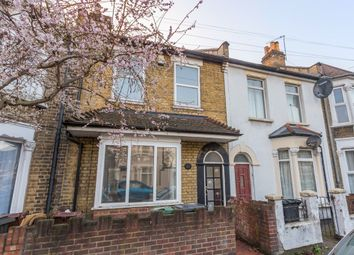 Thumbnail 5 bed flat to rent in Elm Road, London