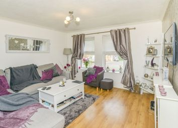 Thumbnail 2 bed flat for sale in Great Innings North, Watton At Stone, Hertford