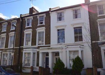 Thumbnail 5 bed flat to rent in Landseer Road, London