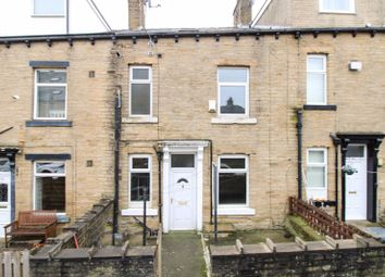 2 bed property to rent in Matlock Street, Halifax HX3
