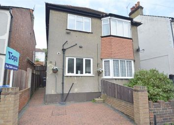 2 bed maisonette for sale in Chipstead Valley Road, Coulsdon, Surrey CR5