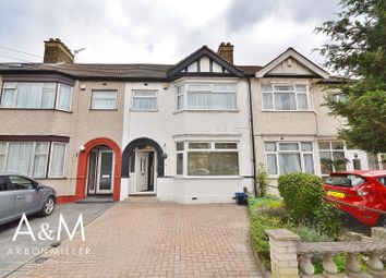 3 bed property for sale in Ramsgill Drive, Ilford IG2