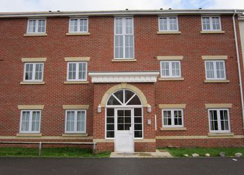 Thumbnail 3 bed flat to rent in Dunstan Drive, Thorne, Doncaster