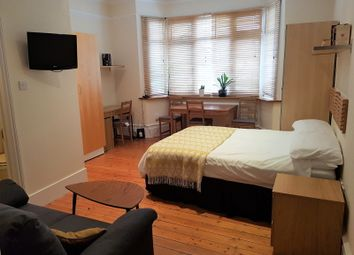 Thumbnail 1 bed flat to rent in 6, Hale Lane, Mill Hill