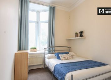 Thumbnail Room to rent in Regents Plaza, Kilburn High Road, London