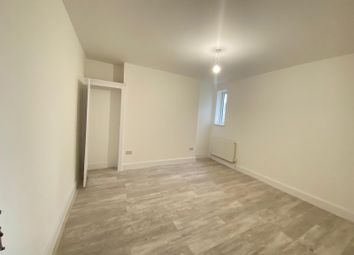 Thumbnail 4 bed maisonette to rent in Harrow Road, Westbourne Park