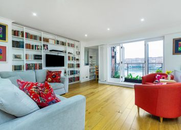 Thumbnail 2 bed flat for sale in Elm Quay Court, Vauxhall