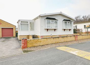 Thumbnail 2 bed property for sale in Kerries Walk, Parklands Mobile Homes, Scunthorpe