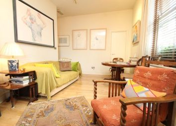 Thumbnail 1 bedroom flat to rent in Oval Mansions, London