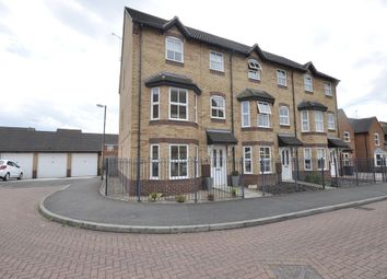 Thumbnail 3 bed town house to rent in Wye Close, Hilton, Derby