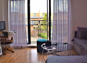 Woodmill Road, Hackney E5. 1 bed flat