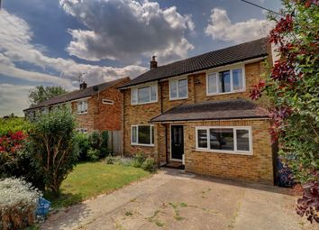 Thumbnail 4 bed detached house to rent in New Pond Road, Holmer Green