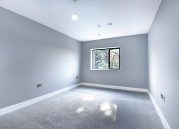 Thumbnail 2 bedroom flat for sale in Grovelands Road, Purley