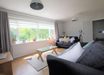 Thumbnail 2 bed flat to rent in Sycamore Rd, Croxley Green, Rickmansworth