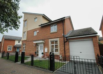Thumbnail 3 bed town house to rent in Mulberry Crescent, South Shields