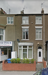 Thumbnail 4 bedroom terraced house to rent in Dean Road, Scarborough