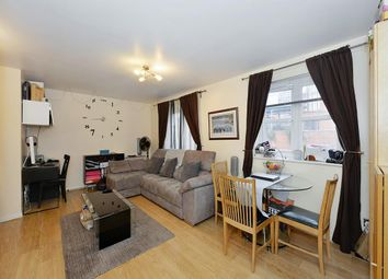 Thumbnail 2 bed flat to rent in Caravel Close, Docklands, Canary Wharf