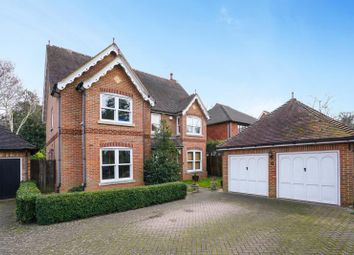 Thumbnail 5 bed property to rent in Little Moreton Close, West Byfleet, Surrey